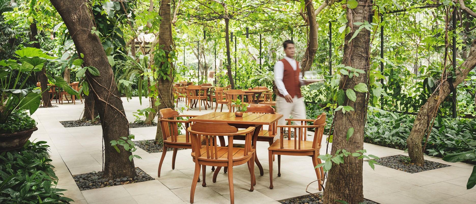 Jakarta & The Courtyard : Restaurant : The Dharmawangsa Jakarta