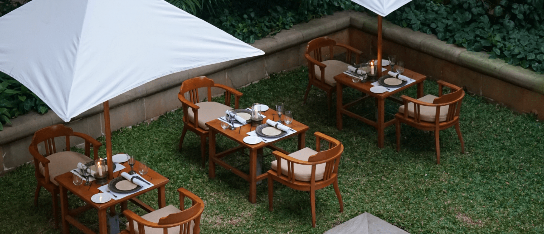 The Townhouse Suite, the perfect open-air private dining 1